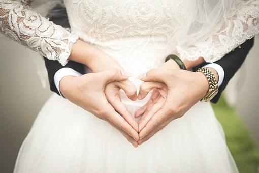 Pevačica Ellie Goulding se udala