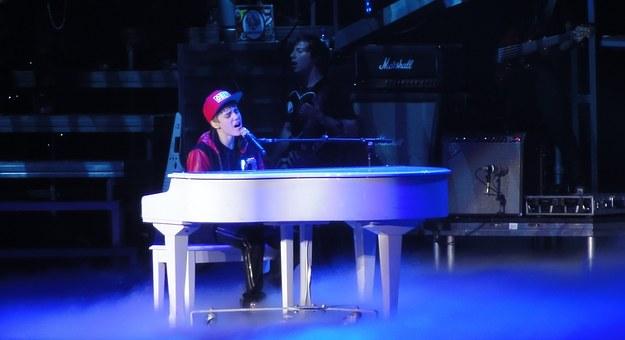 Justin Bieber bori se sa lajmskom bolešću
